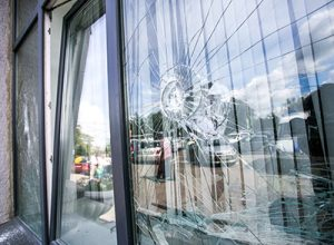 Same Day Commercial Glass Repair & Emergency Glass Repair Services | All Service Glass in Portland OR & Gresham OR